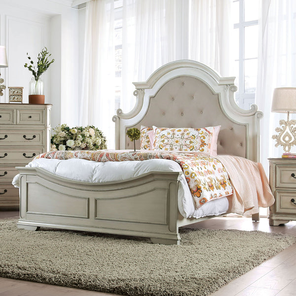 Pembroke Antique Whitewash Cal.King Bed image