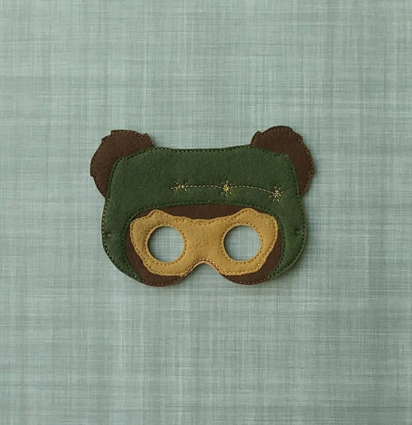 Wicket Felt Play Mask