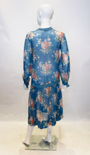 Load image into Gallery viewer, A Vintage 1920s Blue Floral Cotton Dress