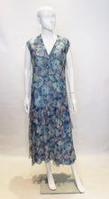 Load image into Gallery viewer, A Vintage 1920s Silk Blue Floral Dress
