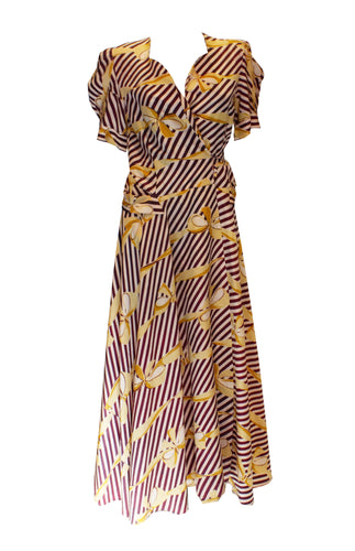 A Vintage 1940s fun Printed Wrap Around Dress