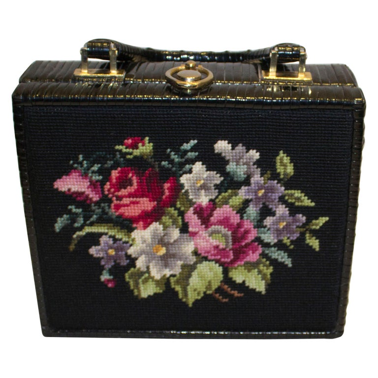 Vintage Whicker Bag with Embroidery on Front
