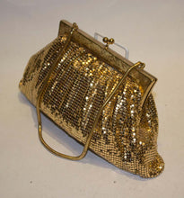 Load image into Gallery viewer, A vintage 1950s gold mesh chainmesh evening bag
