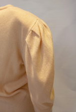 Load image into Gallery viewer, A Vintage 1970s Jean Muir peach Cashmere Jumper