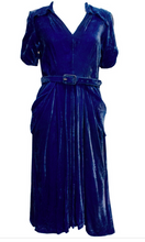 Load image into Gallery viewer, A Vintage 1940s Peter Robinson dark Blue Velvet Dress