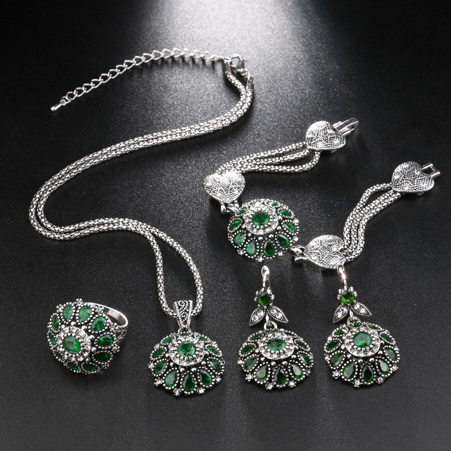 Mesmerizing Flower and Crystals 4 Pieces Set