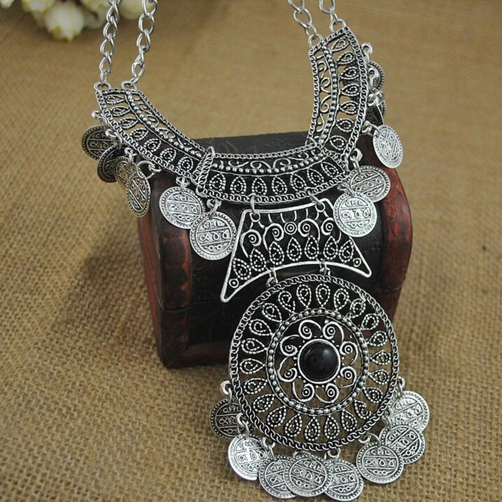 Silver Coins Necklace with 1 Pendant