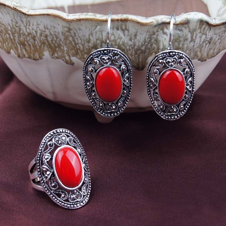 Charming Red Stone 2 Pieces Set
