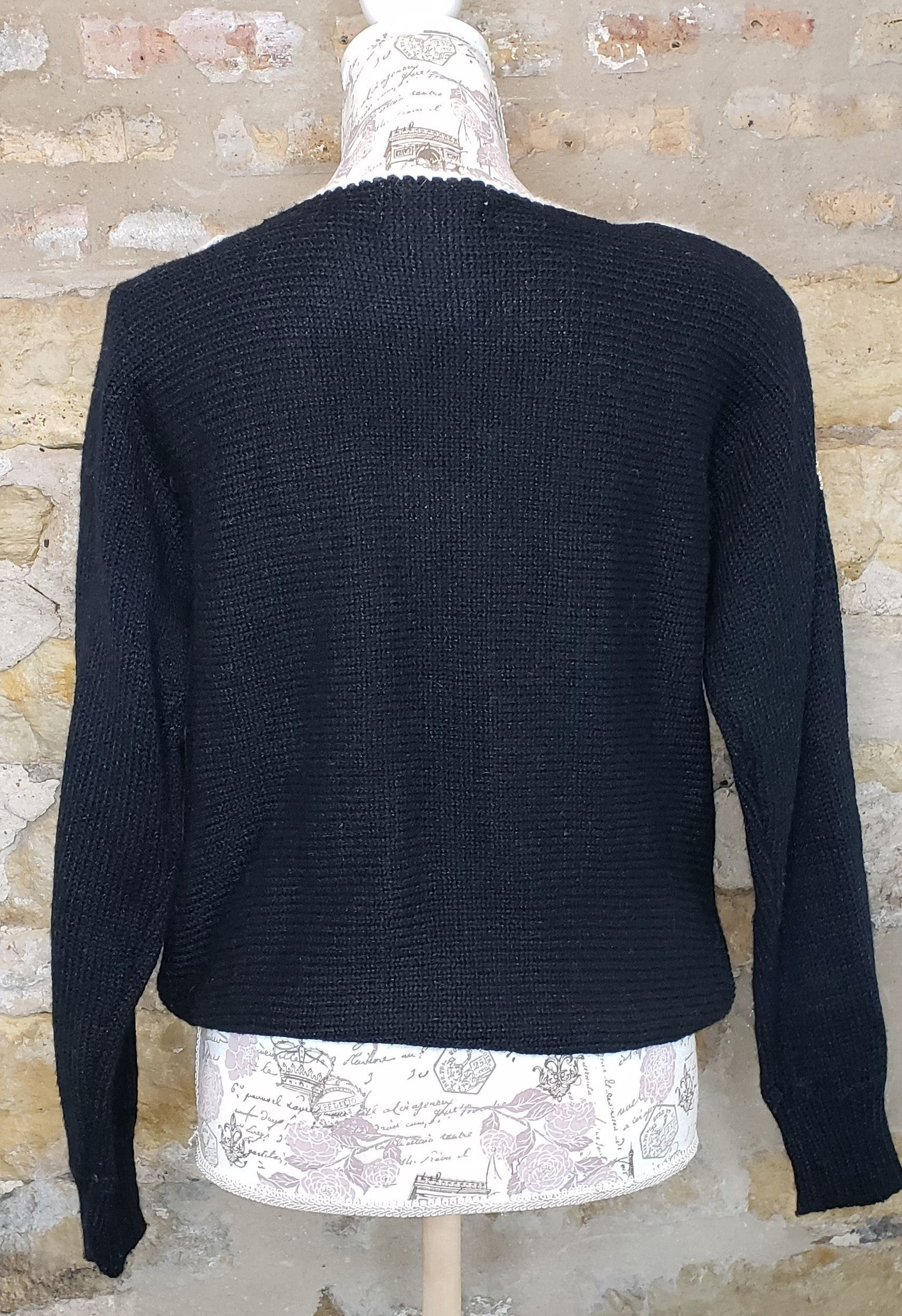 Vintage Black and Gold Sweater Sz M