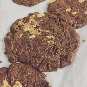 Peanut, Chocolate + Chilli Cookie (Vegan)
