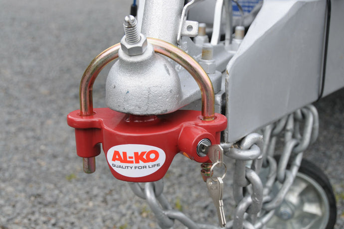 WE REVIEW THE AL-KO UNIVERSAL COUPLING LOCK
