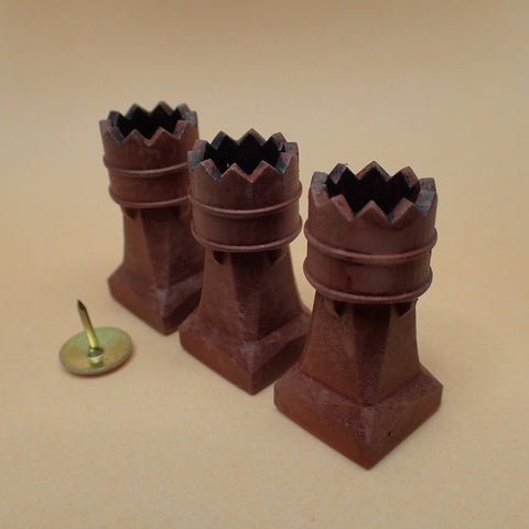 'Crown' style chimney pot set, 1/24th scale
