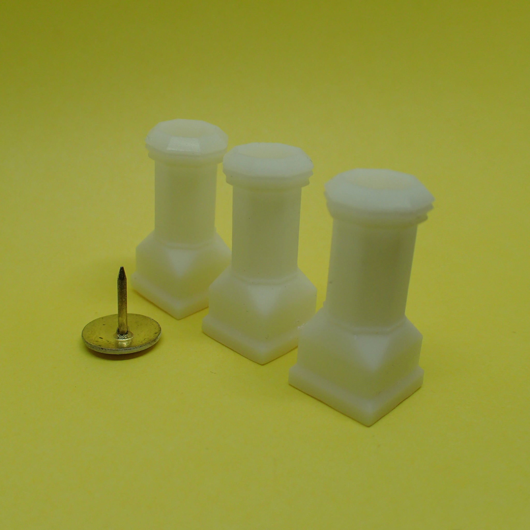 Edwardian style chimney pot set, 1/32nd scale