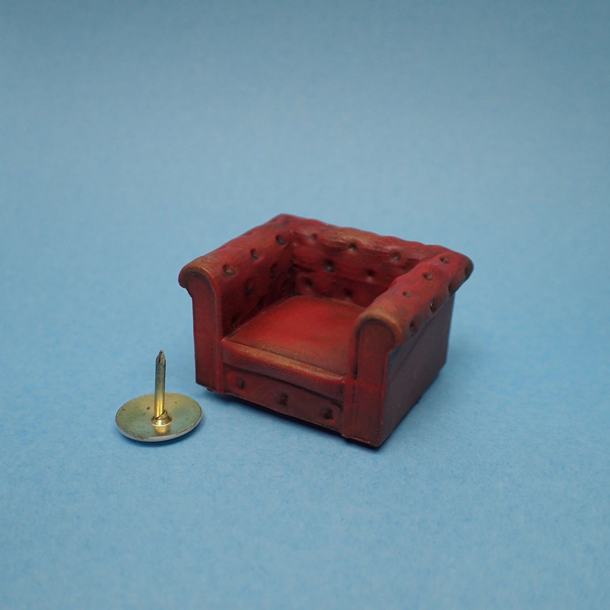 'Leather' Chesterfield armchair, 1/48th scale