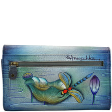 Load image into Gallery viewer, Multipocket Clutch Wallet - 1043