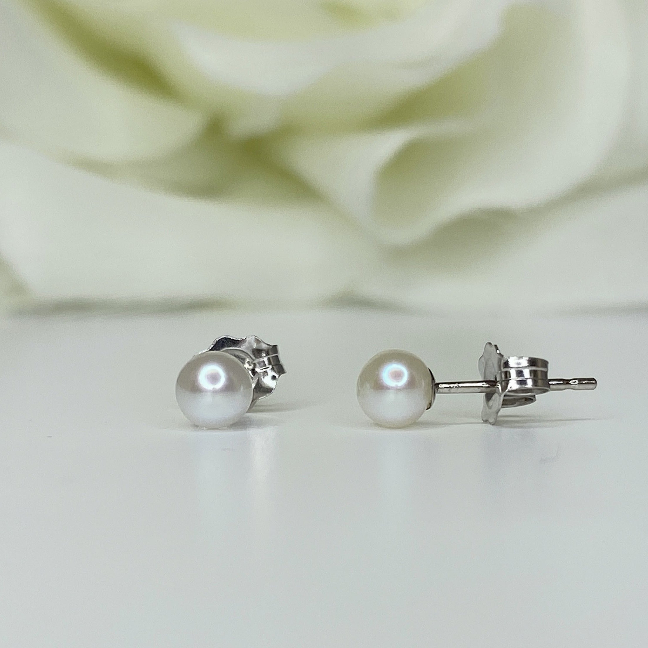 4mm Classic Cultured Pearl Studs