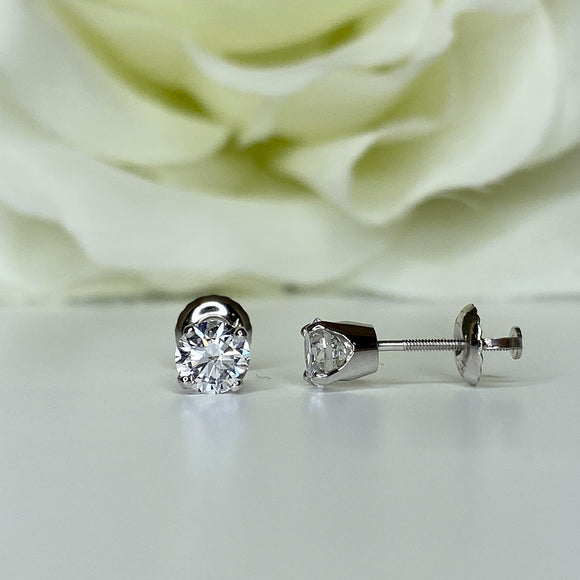 .80ctw labgrown diamond studs