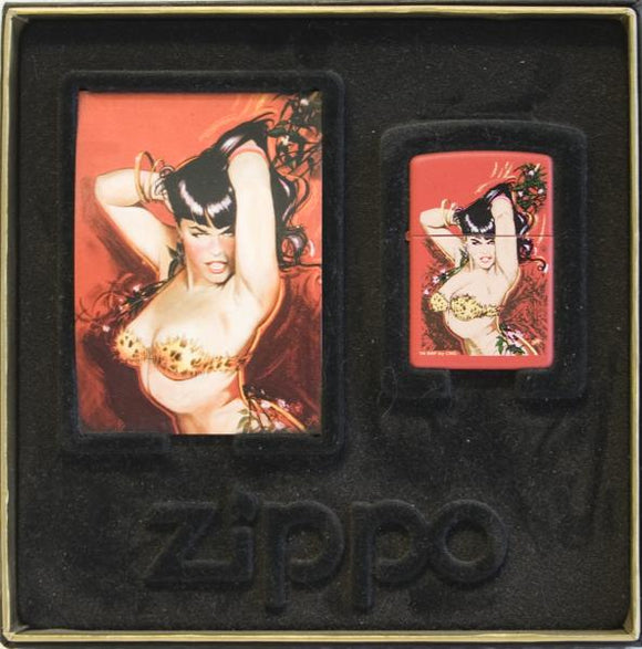 Zippo Bettie Page Queen of Hearts  (+ boitier et trading card)