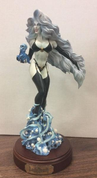 Lady Death limited edition statue