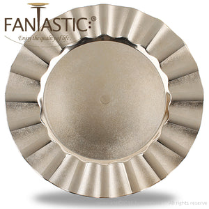 Fantastic® 13-Inch Round Plastic Charger Plates Shiny Finish, Wave Edge Pattern