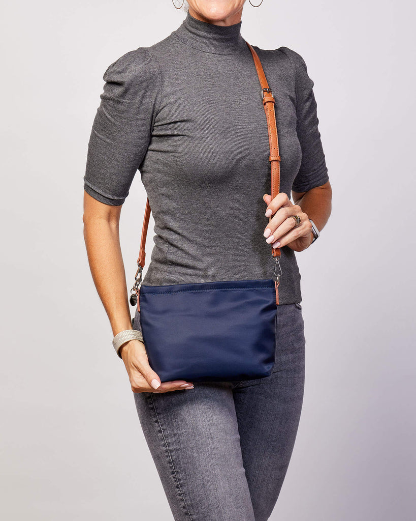Load image into Gallery viewer, LOUENHIDE BETTY CROSSBODY BAG - NAVY