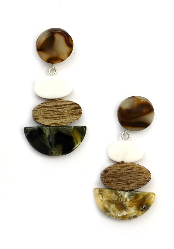 Load image into Gallery viewer, TIERED RESIN DROP EARRINGS - NATURAL