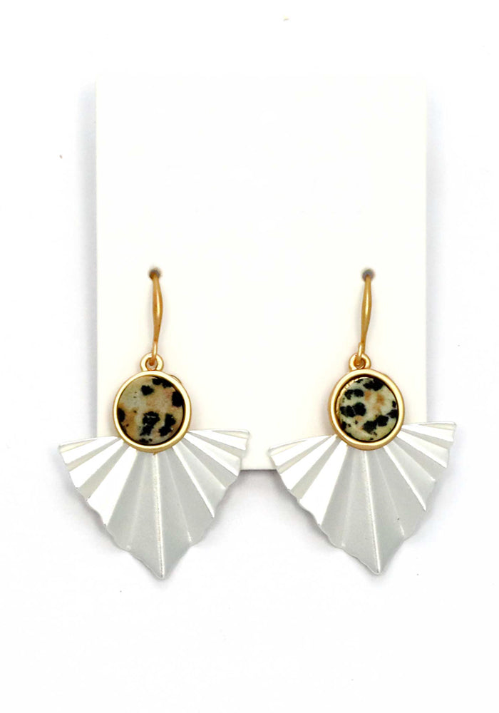Load image into Gallery viewer, MATTE GOLD AND PLEAT SILVER STON DROP EARRING