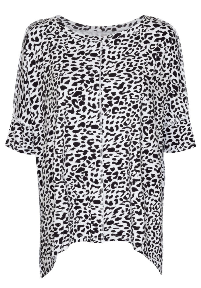 Load image into Gallery viewer, BAMBOO STELLA SLOUCH TEE - BLACK LEOPARD