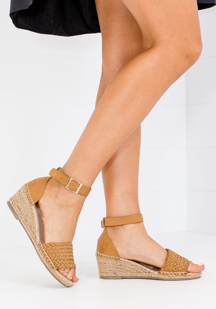 HUMAN SHOES HABIT WEDGE - TAN