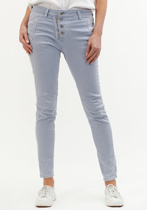 ITALIAN STAR BUTTON DETAIL STRETCH JEAN - ICE BLUE