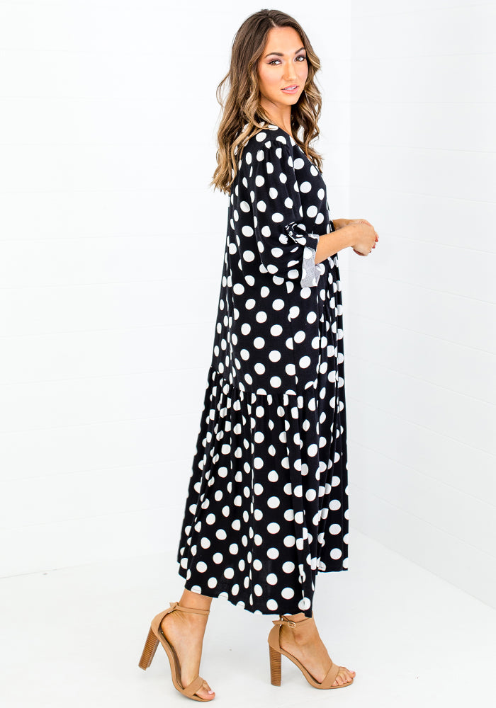Load image into Gallery viewer, KEISHA PEAK MIDI DRESS - BLACK AND WHITE SPOT