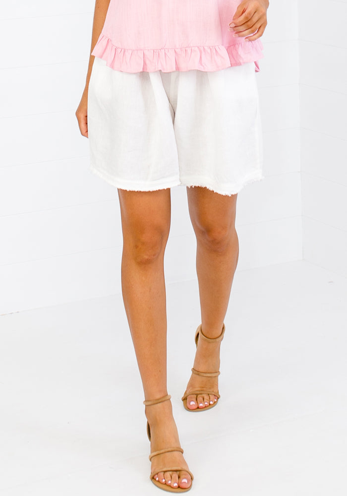 LAYE LINEN SHORTS - WHITE
