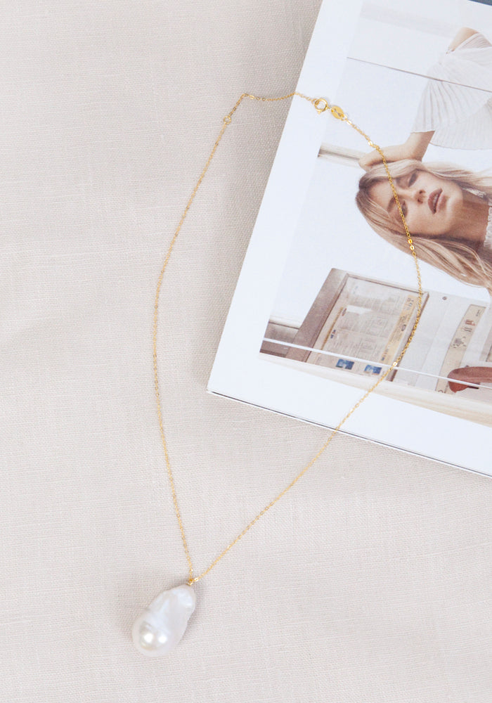 Load image into Gallery viewer, LOLITA'S PEARLS BALI CHAIN NECKLACE - GOLD