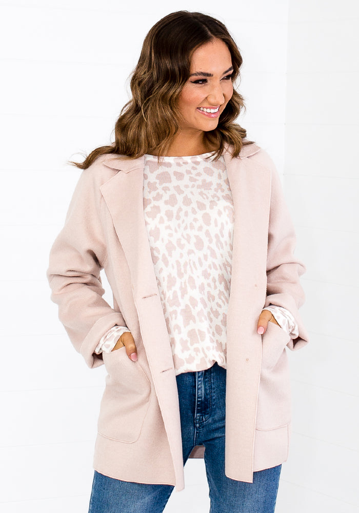 Load image into Gallery viewer, MAHANA LUXE FELT COAT WITH BUTTONS