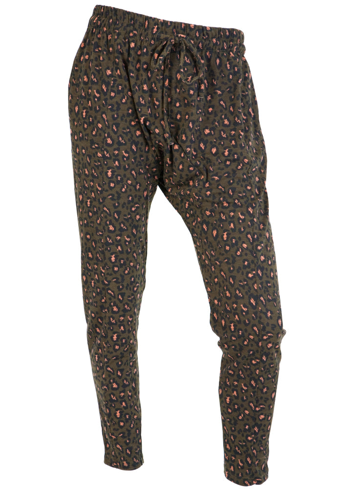 Load image into Gallery viewer, KANOS LEOPARD PRINT JOGGER - KHAKI