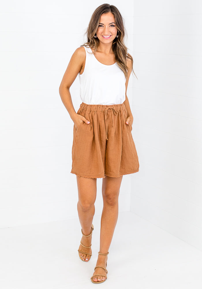 Load image into Gallery viewer, LAYE LINEN SHORTS - BRICK