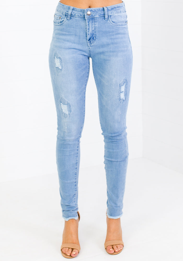 Load image into Gallery viewer, AIDEN DISTRESSED PATCH FRAY HEM JEANS-LIGHT WASH