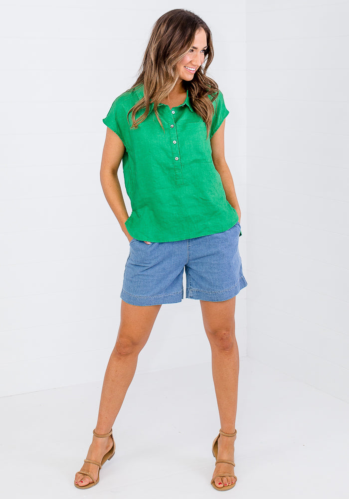MACEY CROP SLEEVE BUTTON SHIRT - EMERALD