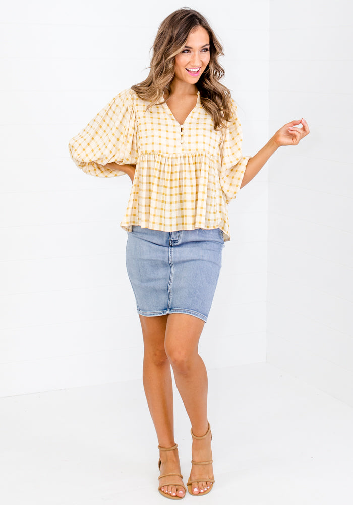 MAXIE GINGHAM BUTTON TOP - MUSTARD