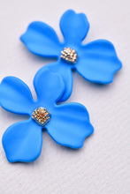 Load image into Gallery viewer, ZAFINO - SMALL ORCHID FLOWER STUD EARRING - BLUE