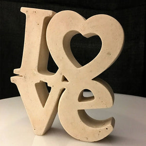 Escultura Letras Love Arena - Camaleon-art - concrete shop art