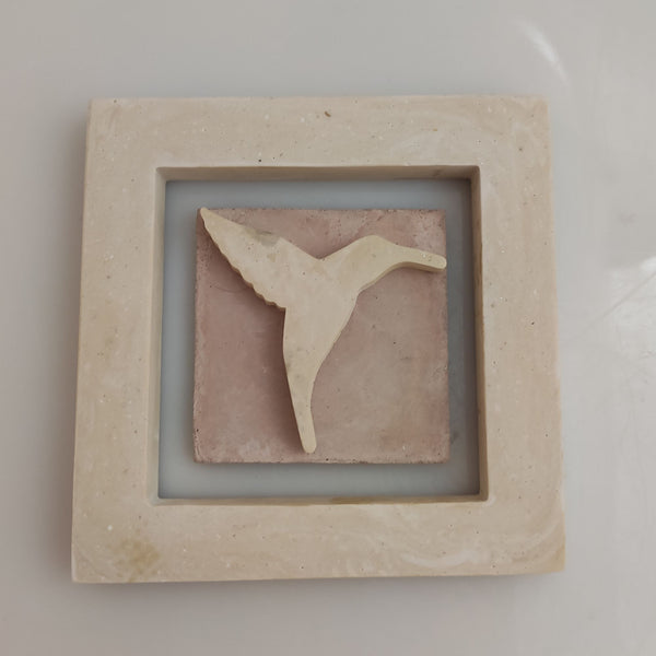 Marcos merchandising logo relieve - Camaleon-art - concrete shop art