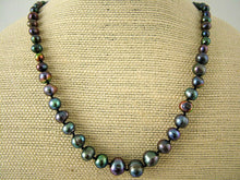Load image into Gallery viewer, Premier Graduated Freshwater Pearl Necklace