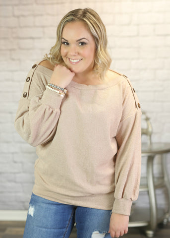Fashionable clothing for the curvy plus size woman