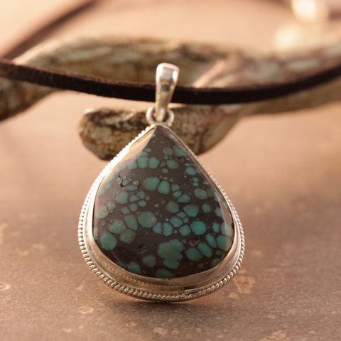 Turquoise Spotted Teardrop Necklace