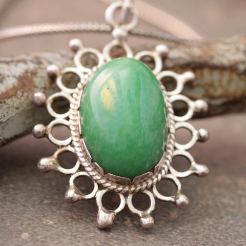 Jade Flower Burst Necklace