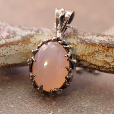 Meandering Forest Rose Quartz Necklace
