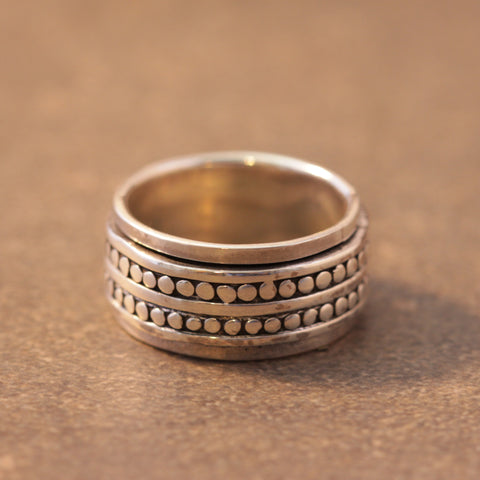 Double Dots Spinner Ring