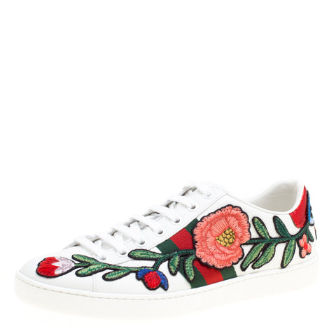 Aivee Aguilar-Teo's GUCCI White Floral Embroidered Leather Ace Low Top Sneakers