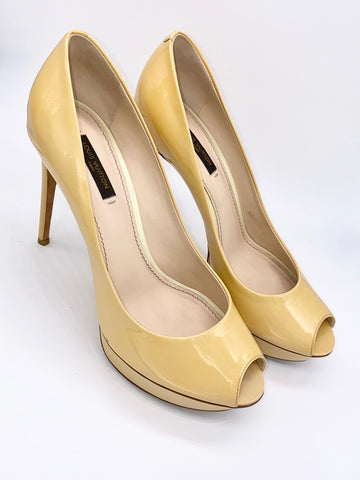 Vicki Belo's Louis Vuitton light yellow beige platform peeptoe pump
